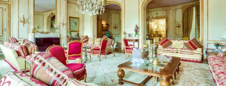 This Luxury Apartment for Sale in Paris Can Be Your Dream Home - Luxury Real Estate - ➤ Explore The Most Expensive Homes around the world on our website! #mostexpensive #mostexpensivehomes #themostexpensivehomes #luxuryrealestate #luxuryneighborhoods #realestate #celebrityhomes @expensivehomes
