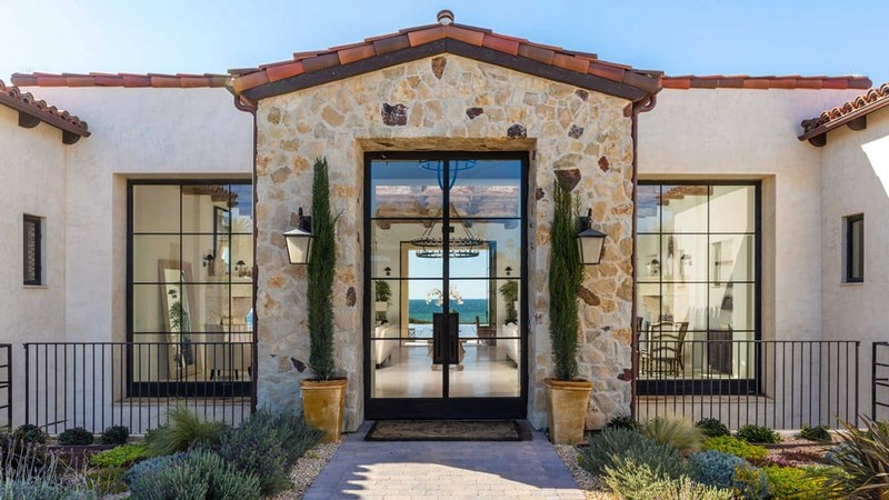 This Malibu Mansion on Zuma Beach Resort Can Be Your Dream Beach Home - Luxury Real Estate - The Most Expensive Homes - Luxury Neighborhoods - Celebrity Homes ➤ Explore The Most Expensive Homes around the world on our website! #mostexpensive #mostexpensivehomes #themostexpensivehomes #luxuryrealestate #luxuryneighborhoods #realestate #celebrityhomes @expensivehomes