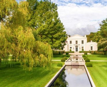 Emsworth Villa, a Really Impressive 18th-century Irish Real Estate - The Most Expensive Homes - Luxury Neighborhoods - luxury Irish property - Celebrity Homes ➤ Explore The Most Expensive Homes around the world on our website! #mostexpensive #mostexpensivehomes #themostexpensivehomes #luxuryrealestate #luxuryneighborhoods #realestate #celebrityhomes @expensivehomes 18th-century irish real estate Emsworth Villa, a Really Impressive 18th-century Irish Real Estate Emsworth Villa a Really Impressive 18th century Irish Real Estate The Most Expensive Homes Luxury Neighborhoods luxury Irish property Celebrity Homes 371x300