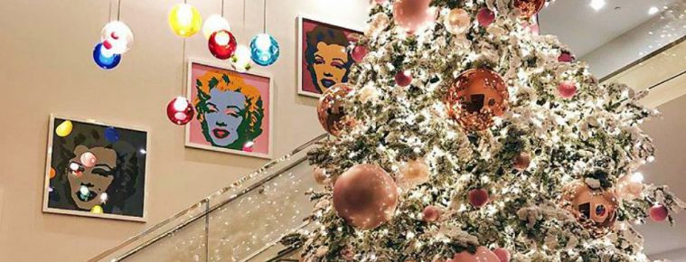 Get into the Holiday Spirit with These Celebrity Christmas Trees 2017 - Christmas 2017 - The Most Expensive Homes - Celebrity Homes - Luxury Neighborhoods - Celebrity Homes ➤ Explore The Most Expensive Homes around the world on our website! #mostexpensive #mostexpensivehomes #themostexpensivehomes #luxuryrealestate #luxuryneighborhoods #ChristmasTrees #CelebrityChristmas #Christmas2017 #celebrityhomes @expensivehomes celebrity christmas trees 2017 Get into the Holiday Spirit with These Celebrity Christmas Trees 2017 Get into the Holiday Spirit with These Celebrity Christmas Trees 2017 Christmas 2017 The Most Expensive Homes Celebrity Homes 759x290