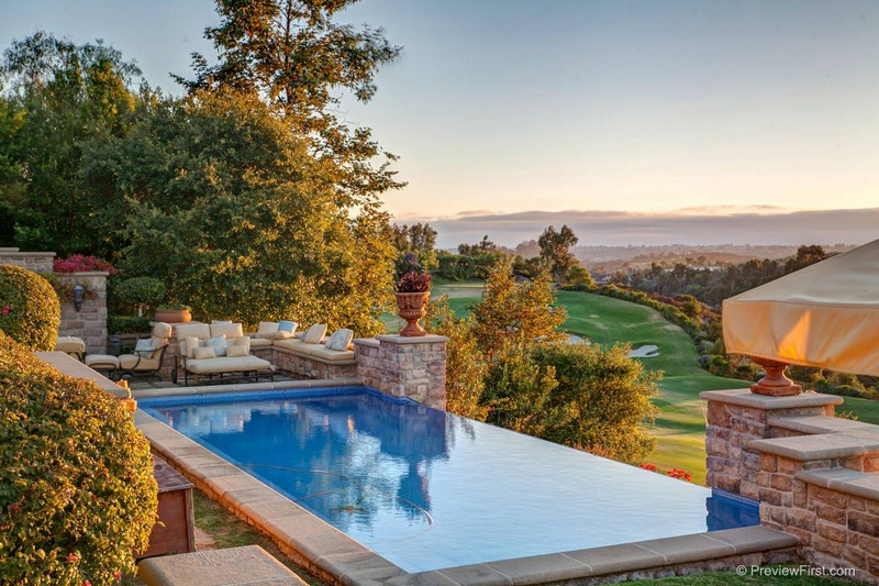 Discover the 75 America's Most Expensive ZIP Codes - Luxury Real Estate - Celebrity Homes - Luxury Neighborhoods ➤ Explore The Most Expensive Homes around the world on our website! #mostexpensive #mostexpensivehomes #themostexpensivehomes #luxuryrealestate #luxuryneighborhoods #MostExpensiveZIPCodes #ExpensiveZIPCodes #celebrityhomes @expensivehomes