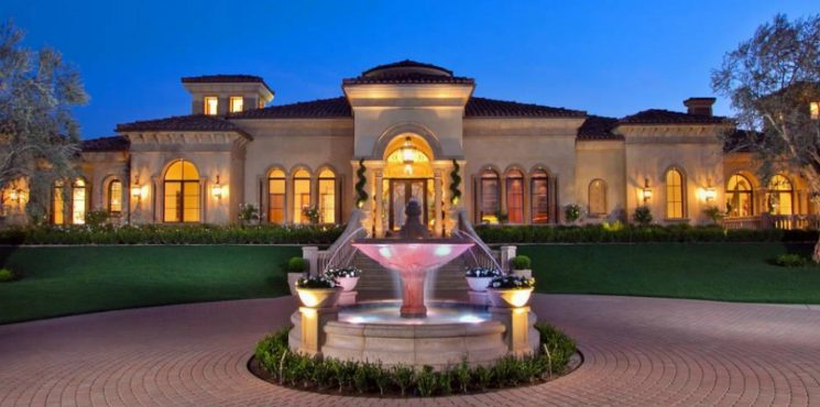 Discover the 75 America's Most Expensive ZIP Codes 2017 - Luxury Real Estate - Celebrity Homes - Luxury Neighborhoods ➤ Explore The Most Expensive Homes around the world on our website! #mostexpensive #mostexpensivehomes #themostexpensivehomes #luxuryrealestate #luxuryneighborhoods #MostExpensiveZIPCodes #ExpensiveZIPCodes #celebrityhomes @expensivehomes america's most expensive zip codes 2017 Discover the 75 America's Most Expensive ZIP Codes 2017 Discover the 75 Americas Most Expensive ZIP Codes 2017 Luxury Real Estate Celebrity Homes Luxury Neighborhoods 745x370