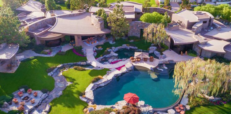 La Quinta Home: Superb Riverside County Luxury Real Estate is For Sale - The Most Expensive Homes - Luxury Neighborhoods - luxury homes - luxury properties - Celebrity Homes 2018 ➤ Explore The Most Expensive Homes around the world on our website! #mostexpensive #mostexpensivehomes #themostexpensivehomes #luxuryrealestate #luxuryneighborhoods #celebrityhomes @expensivehomes