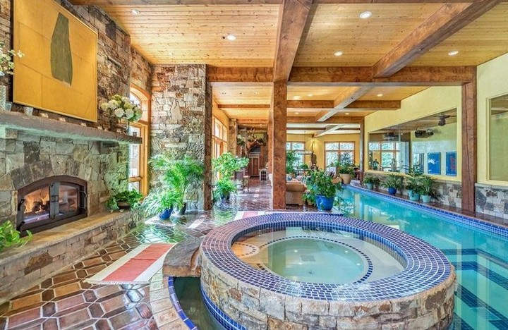 The Most Expensive Airbnb Homes in the US Rented by A-List Celebrities 5