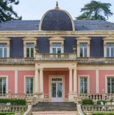 This Stunning 19th Century Palace in Portugal Can Be Yours Now - 19th Century Palaces for Sale - The Most Expensive Homes - Luxury Neighborhoods - luxury homes - luxury properties ➤ Explore The Most Expensive Homes around the world on our website! #mostexpensive #mostexpensivehomes #themostexpensivehomes #luxuryrealestate #luxuryneighborhoods #celebrityhomes @expensivehomes
