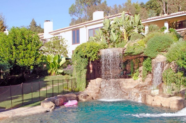 Meet 25 of the Msive Homes Owned by Celebrities 22