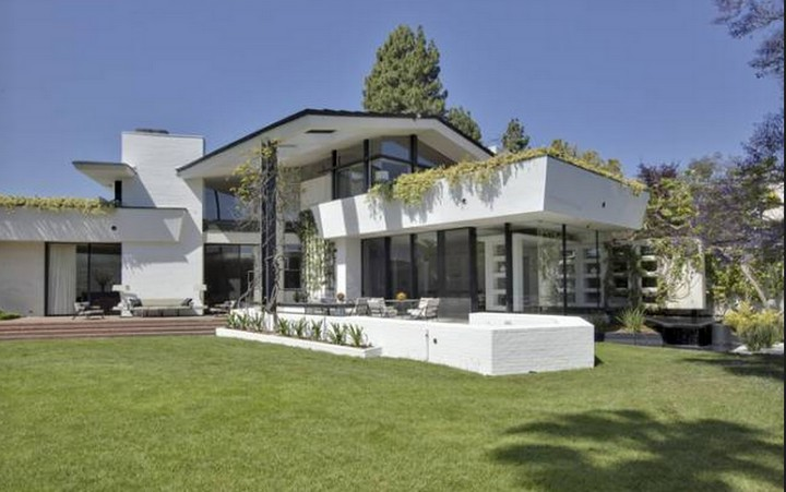 Meet 25 of the Most Expensive Homes Owned by Celebrities 25