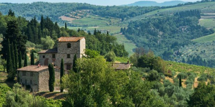 The Former Tuscan Villa of Michelangelo Has Hit the Market Tuscan Villa The Former Tuscan Villa of Michelangelo Has Hit the Market featured 1 745x370