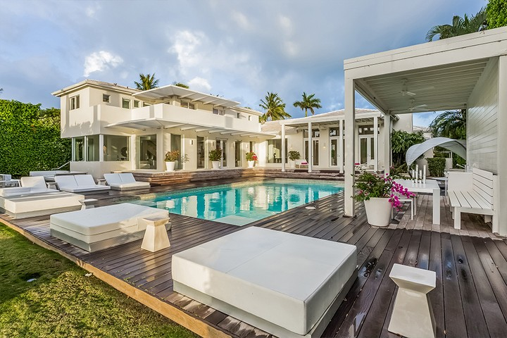 Celebrity Homes Shakira's Listed her Contemporary Miami Beach Mansion 12