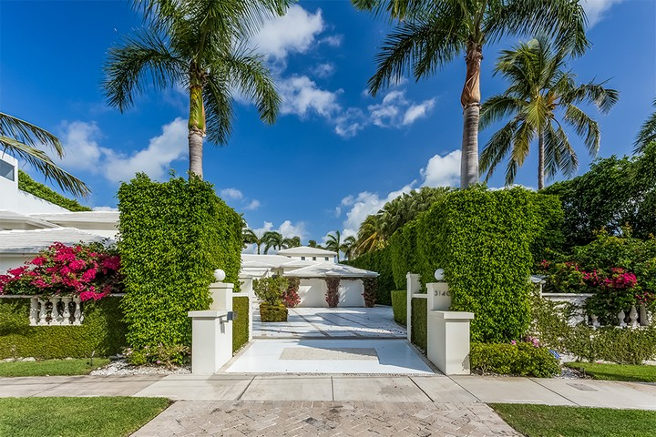 Celebrity Homes Shakira's Listed her Contemporary Miami Beach Mansion 2