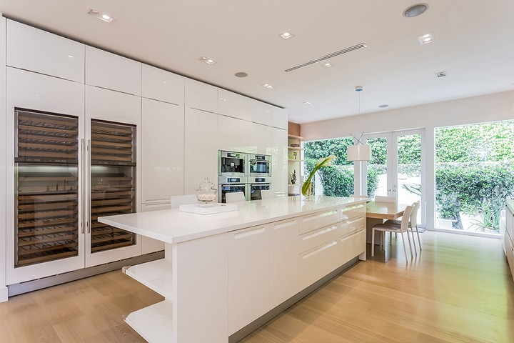Celebrity Homes Shakira's Listed her Contemporary Miami Beach Mansion 6