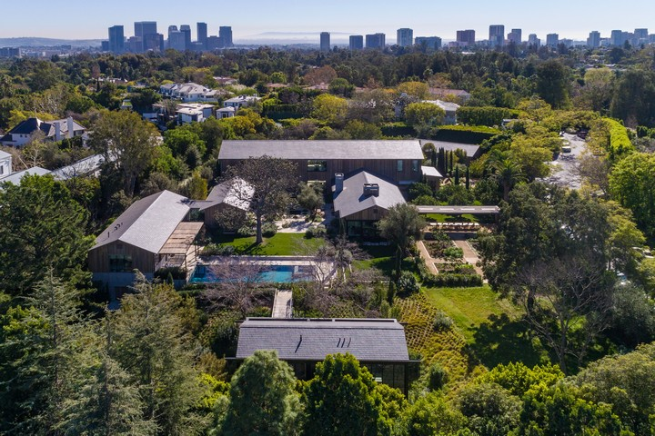 Top 10 Most Expensive Homes Currently for Sale in Los Angeles 6 Most Expensive Homes Top 10 Most Expensive Homes Currently for Sale in Los Angeles Top 10 Most Expensive Homes Currently for Sale in Los Angeles 6