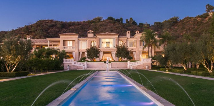 Top 10 Most Expensive Homes Currently for Sale in Los Angeles Most Expensive Homes Top 10 Most Expensive Homes Currently for Sale in Los Angeles featured 12 745x370