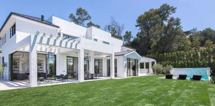 Check Out the Brand-New $23 Million Los Angeles Home of LeBron James lebron james Check Out the Brand-New $23 Million Los Angeles Home of LeBron James featured 745x370