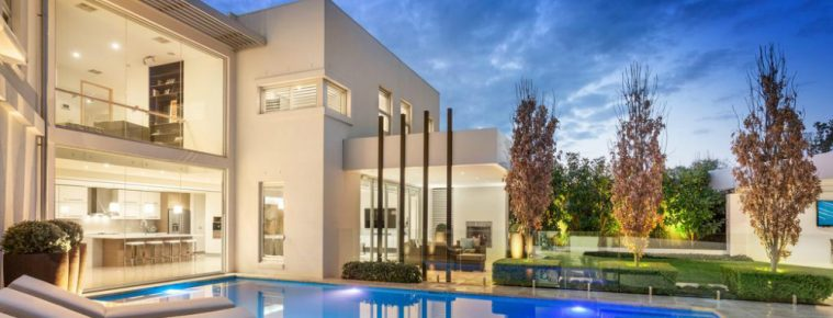 Classic Contemporary Melbourne Mansion Will Be Privately Up for Grabs melbourne mansion Classic Contemporary Melbourne Mansion Will Be Privately Up for Grabs featured 1 759x290