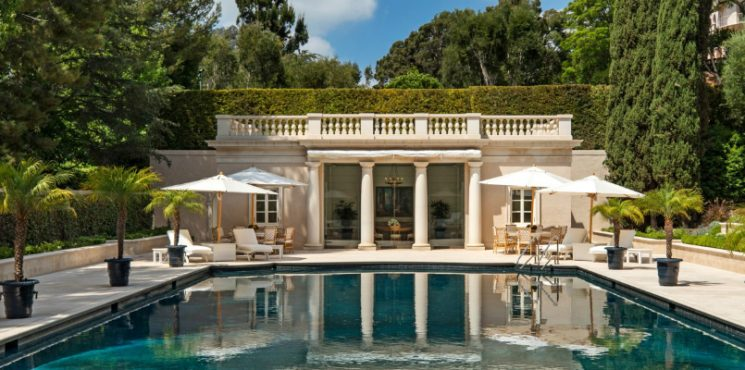 Observe the Marvelous Landscape Design of a $245M Los Angeles Mansion Los Angeles Mansion Observe the Marvelous Landscape Design of a $245M Los Angeles Mansion featured 4 745x370