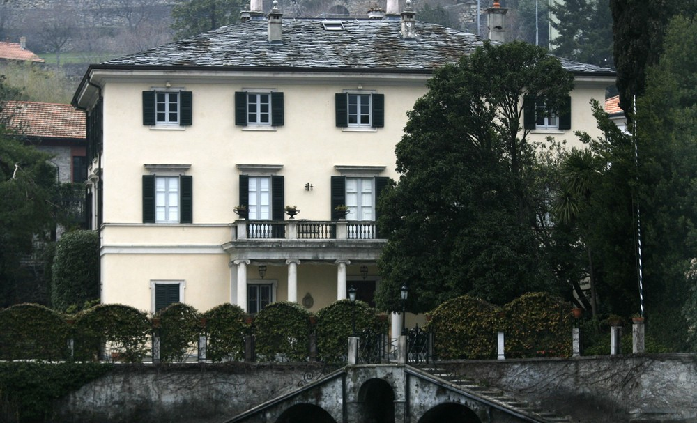Villa Oleandra is The Clooneys' Amazing Summer Residence in Lake Como 2 lake como Villa Oleandra is The Clooneys' Amazing Summer Residence in Lake Como Villa Oleandra is The Clooneys Amazing Summer Residence in Lake Como 2