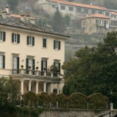 Villa Oleandra is The Clooneys' Amazing Summer Residence in Lake Como lake como Villa Oleandra is The Clooneys' Amazing Summer Residence in Lake Como featured 5 230x230