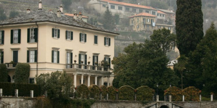 Villa Oleandra is The Clooneys' Amazing Summer Residence in Lake Como lake como Villa Oleandra is The Clooneys' Amazing Summer Residence in Lake Como featured 5 745x370