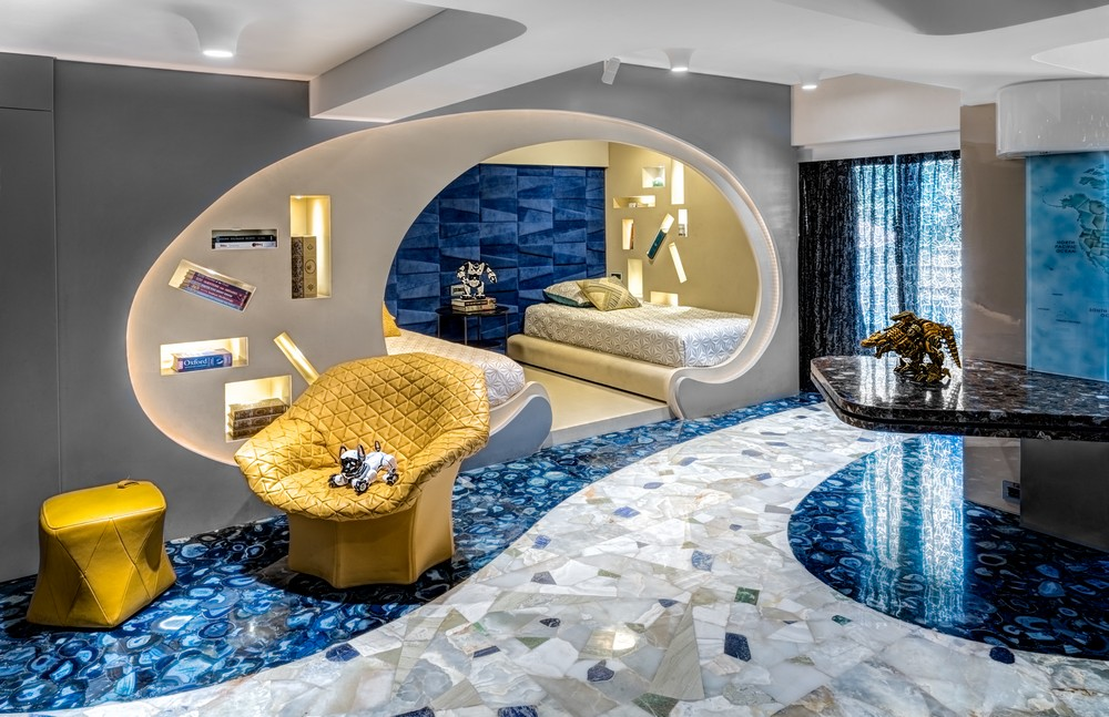 See a Maximalist Luxury Apartment Design in Mumbai by ZZ Architects 3 luxury apartment See a Maximalist Luxury Apartment Design in Mumbai by ZZ Architects See a Maximalist Luxury Apartment Design in Mumbai by ZZ Architects 3