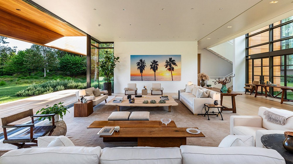 This $125 Million Los Angeles Luxury Real Estate Is Now Up for Grabs 3 Luxury Real Estate This $125 Million Los Angeles Luxury Real Estate Is Now Up for Grabs This 125 Million Los Angeles Luxury Real Estate Is Now Up for Grabs 3 1
