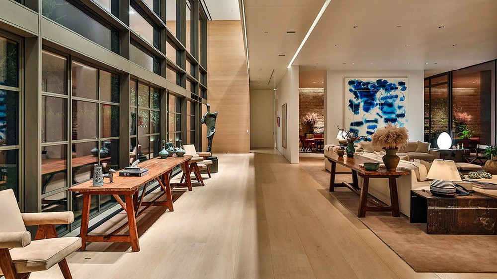 This $125 Million Los Angeles Luxury Real Estate Is Now Up for Grabs 4 Luxury Real Estate This $125 Million Los Angeles Luxury Real Estate Is Now Up for Grabs This 125 Million Los Angeles Luxury Real Estate Is Now Up for Grabs 4 1