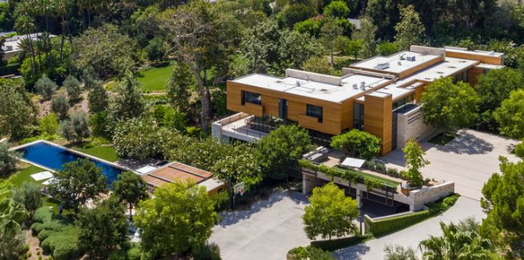 This $125 Million Los Angeles Luxury Real Estate Is Now Up for Grabs Luxury Real Estate This $125 Million Los Angeles Luxury Real Estate Is Now Up for Grabs featured 3 745x370