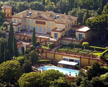 Villa Leopolda, An Oasis In The French Riviera villa leopolda — the french riviera Villa Leopolda, An Oasis In The French Riviera VILLA LEOPOLDA 3X VISTA AE  REA AMPLIA 371x300