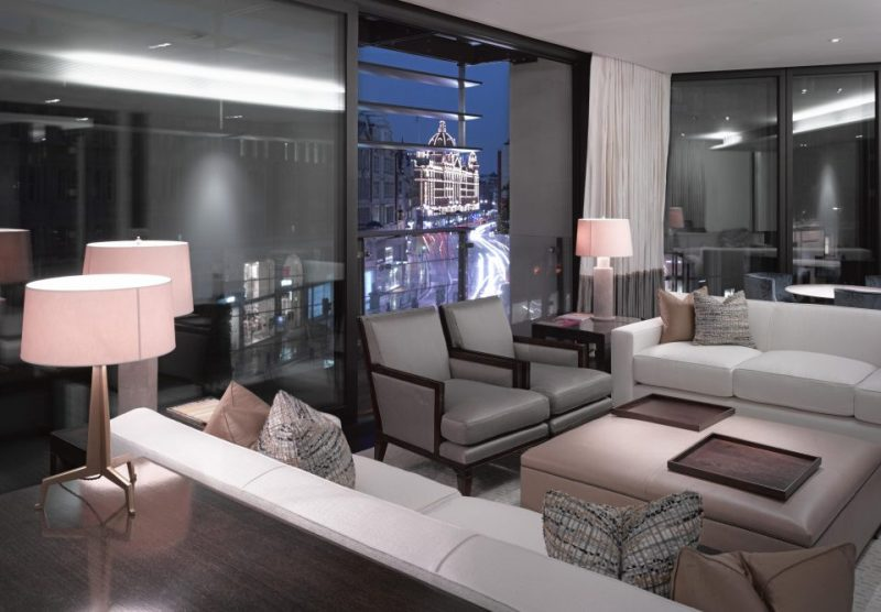Meet UK's Sophisticated One Hyde Park Penthouse one hyde park penthouse Meet UK's Sophisticated One Hyde Park Penthouse NINTCHDBPICT000440622399 e1539163592937 1 e1551881158828