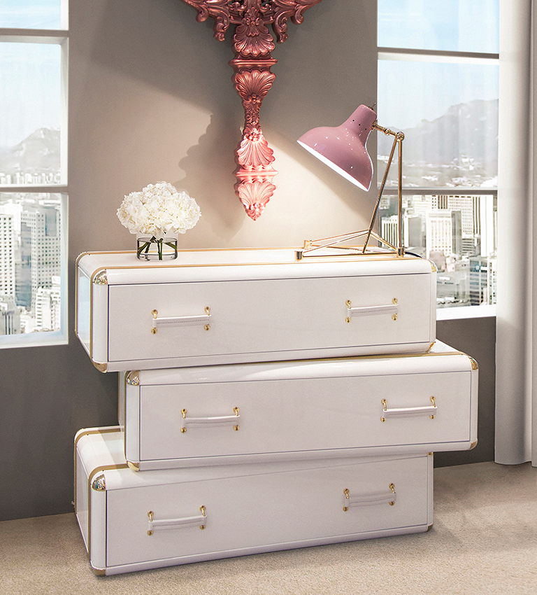 Lacquered Colors Trend In Luxury Décor Ideas lacquered colors Lacquered Colors Trend In Luxury Décor Ideas fantasy air chest 3 drawers circu magical furniture 1