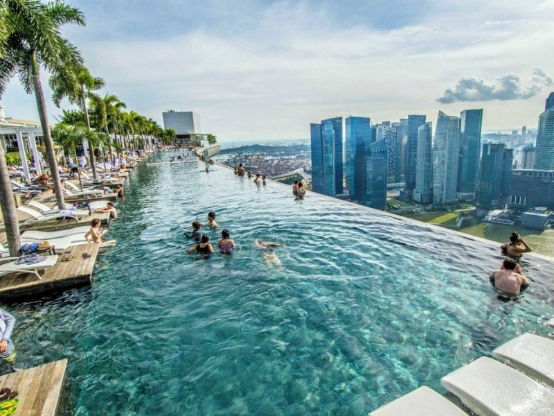 Contemplate Singapore's Iconic Hotel, Marina Bay Sands marina bay sands Contemplate Singapore's Iconic Hotel, Marina Bay Sands marina bay sands pool 1 e1553103499991