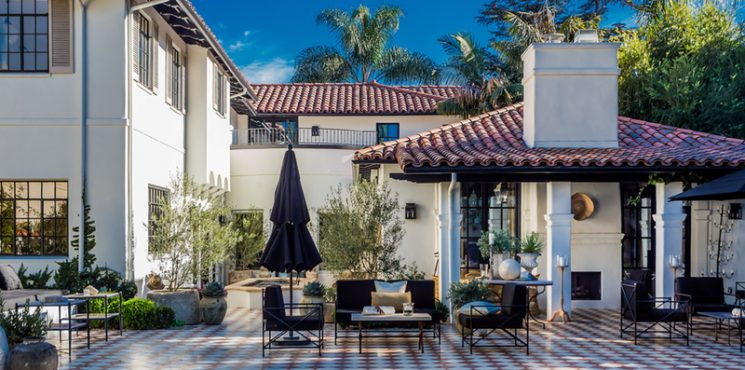Magnificent Outdoor Projects From Top Interior Designers outdoor projects Magnificent Outdoor Projects From Top Interior Designers 20 Best Outdoor Projects from the Worlds Top Interior Designers 745x370