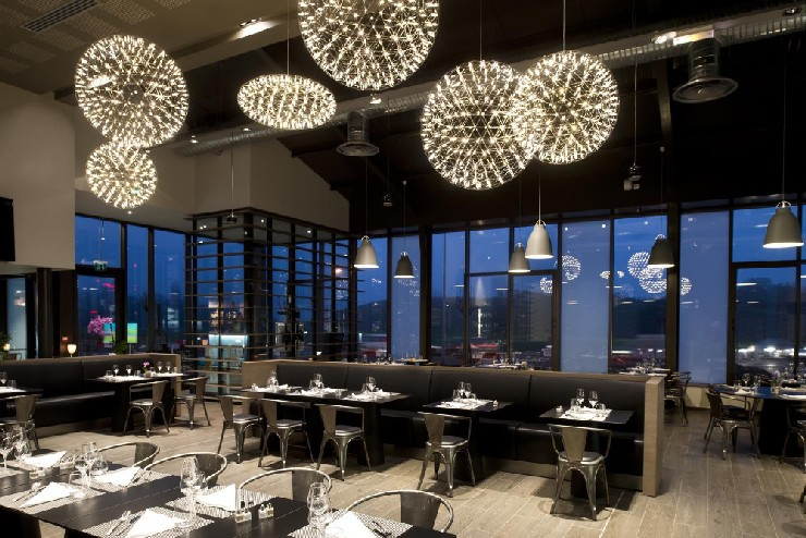 Luxurious Projects By Amazing Top Interior Designers luxurious projects Luxurious Projects By Amazing Top Interior Designers 31 marcel wanders Sas Paddel Restaurant mooi tables designed by wanders