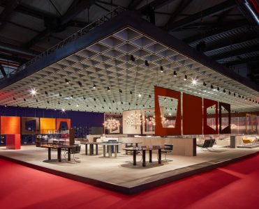 Knoll Stunned With Their Collection At Salone Del Mobile 2019 knoll Knoll Stunned With Their Collection At Salone Del Mobile 2019 38A8509 e 371x300