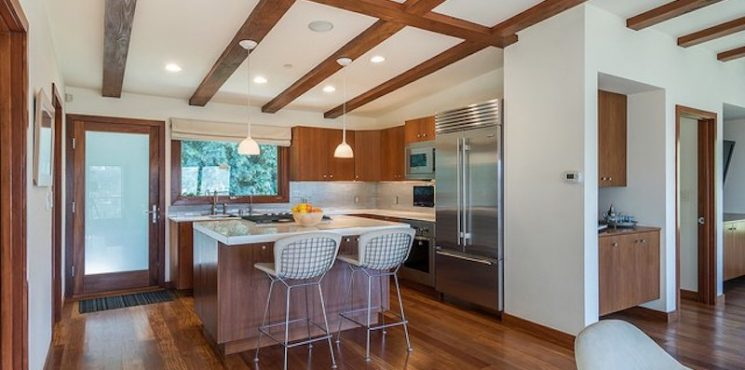 Luxurious Brentwood Home Up For Sale By Hollywood Star Kristin Davis
