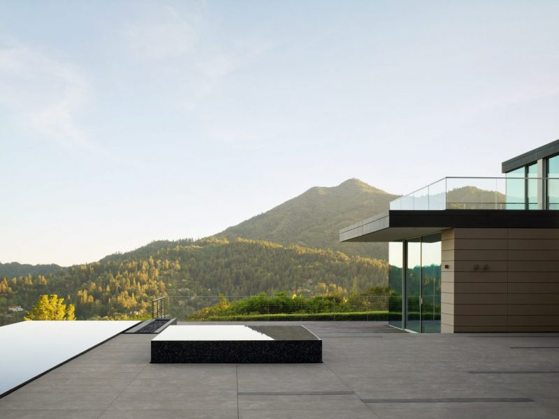 EYRC Architects Design The Most Breathtaking House in California eyrc architects EYRC Architects Design The Most Breathtaking House in California spring road eyrc architects marin county california dezeen 2364 col 7 e1557142037142