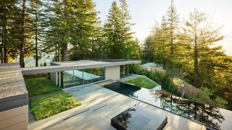 EYRC Architects Design The Most Breathtaking House in California eyrc architects EYRC Architects Design The Most Breathtaking House in California spring road eyrc architects marin county california dezeen hero a 1704x958 e1557142079277