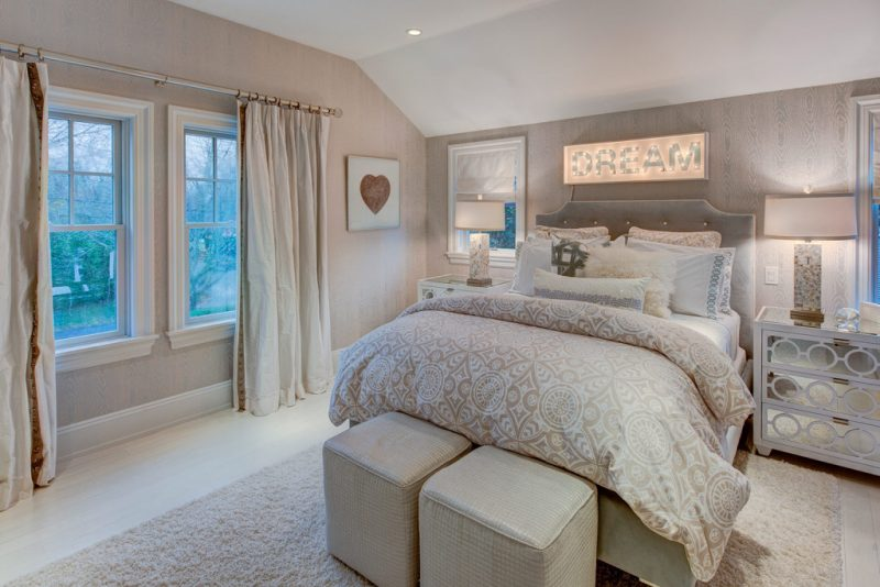 Discover The Peaceful Southampton Village Created By Amy Hill Designs amy hill designs Discover The Peaceful Southampton Village Created By Amy Hill Designs Halsey Guest BR 3 1024x683 e1559746375291