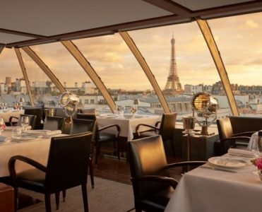The Most Luxury Restaurants In Paris luxury restaurants The Most Luxury Restaurants In Paris The Most Luxury Restaurants In Paris 4 371x300
