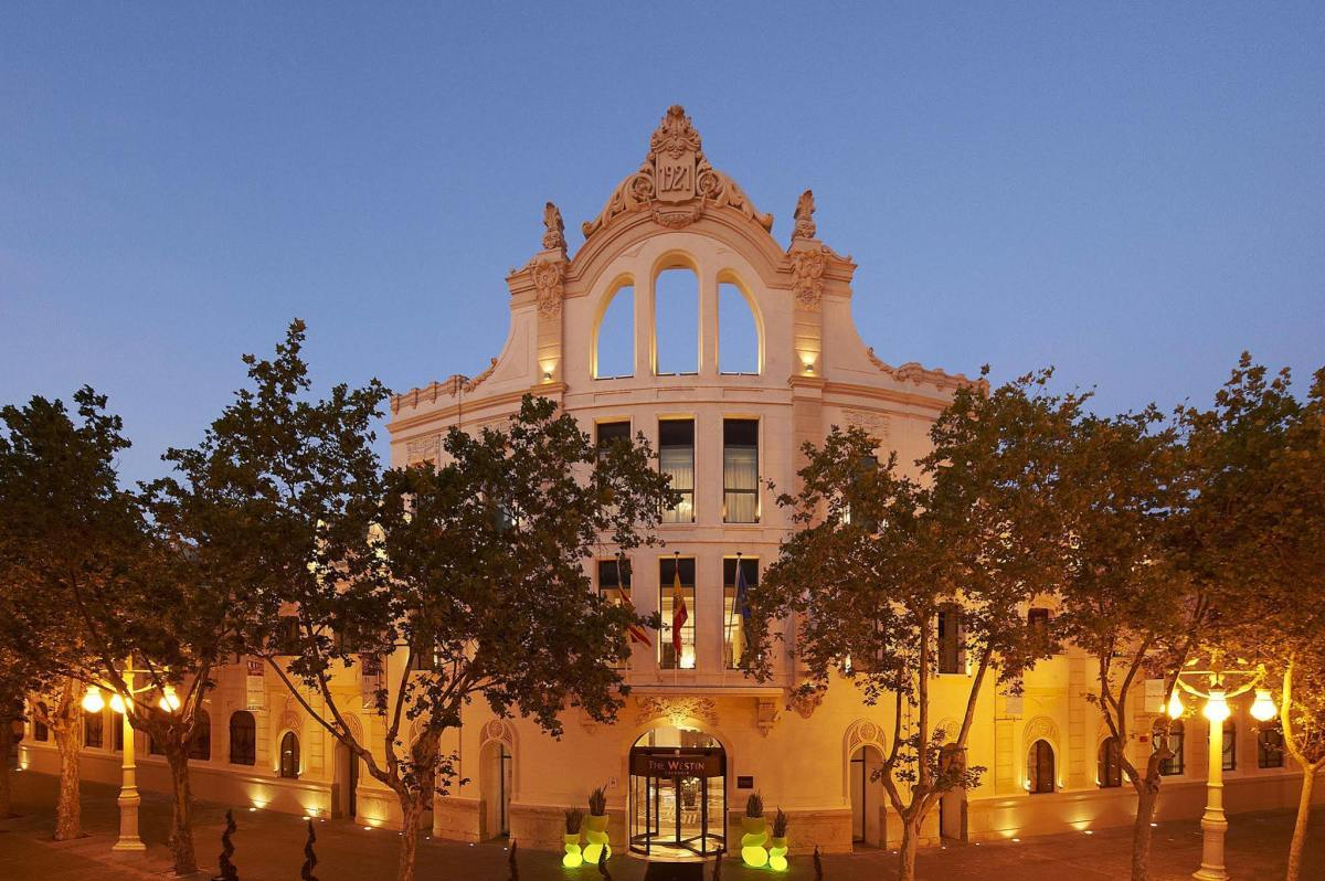 valencia city guide Valencia City Guide: TOP Hotels And Restaurants Valencia City Guide TOP Hotels And Restaurants 2