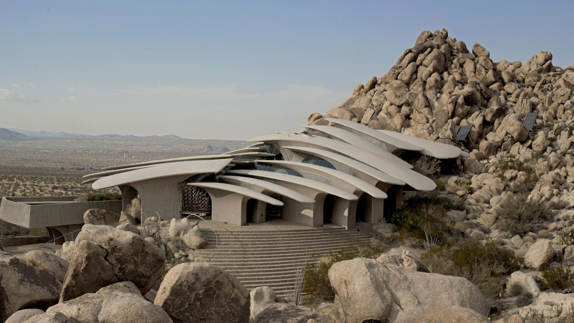 Home Tour: Organic Architecture In Joshua Tree organic architecture Home Tour: Organic Architecture In Joshua Tree home tour organic architecture joshua tree 2