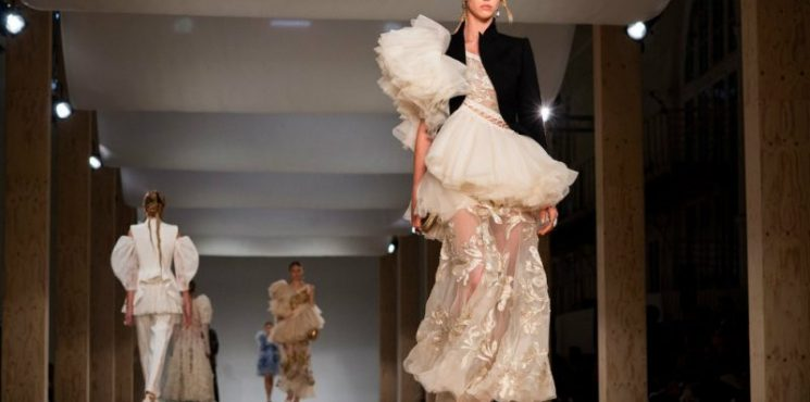 Paris Fashion Week: From Runway To Your Home Decor paris fashion week Paris Fashion Week: From Runway To Your Home Decor paris fashion week runway home decor 1 745x370