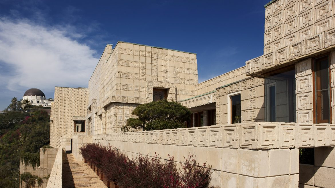 Frank Lloyd Wright's Ennis House Has Been Sold frank lloyd wright Frank Lloyd Wright's Ennis House Has Been Sold frank lloyd wrights ennis house sold 1