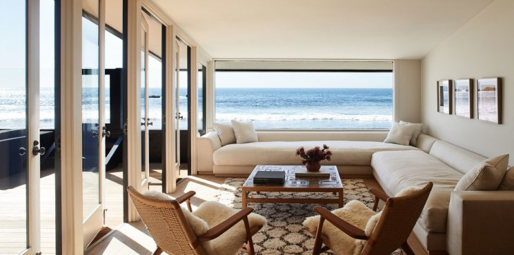 Inside Jason Statham's Malibu Beach House jason statham Inside Jason Statham's Malibu Beach House inside jason stathams malibu beach house 3 745x370