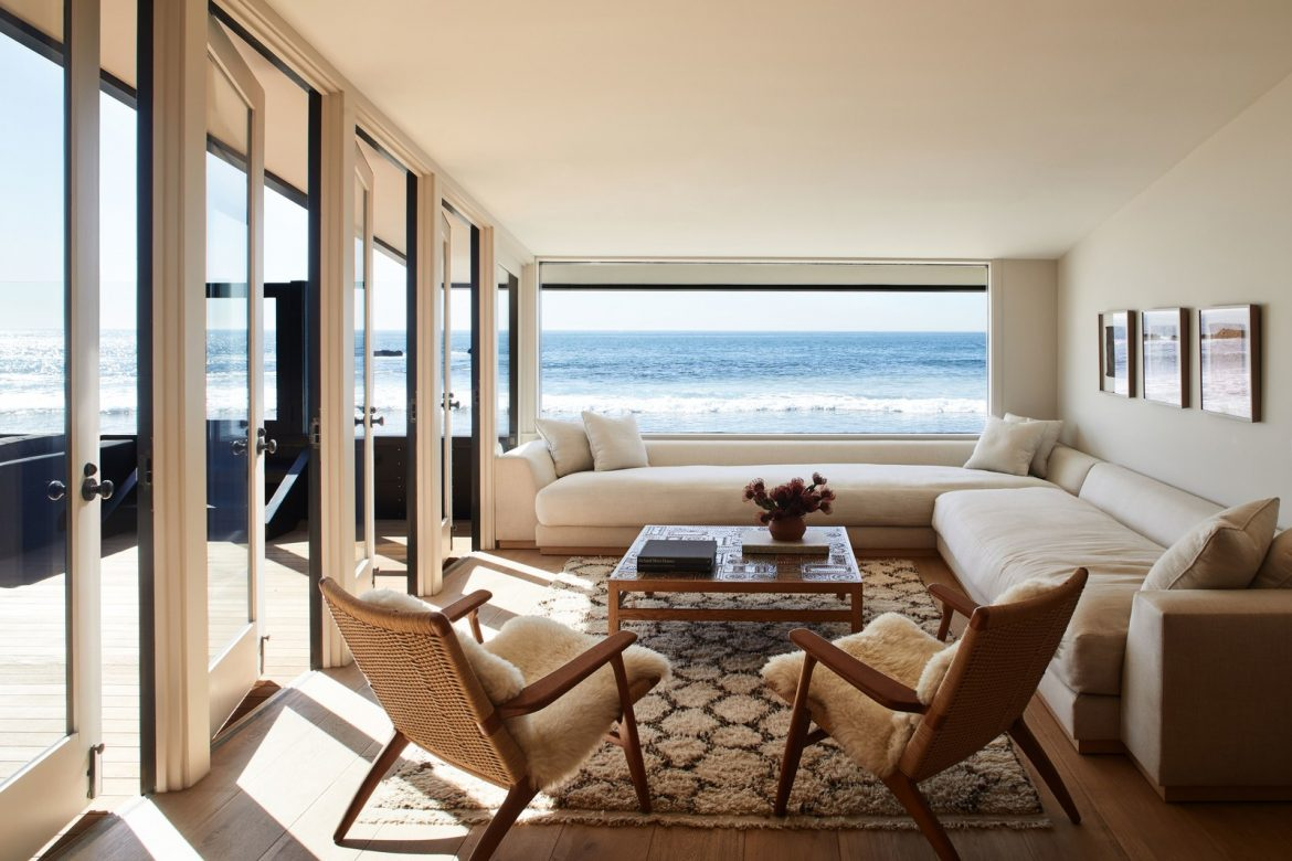 Inside Jason Statham's Malibu Beach House jason statham Inside Jason Statham's Malibu Beach House inside jason stathams malibu beach house 3