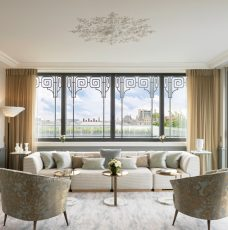 Discover An amazing Suite At Hotel Le Meurice Designed By Lally And Berger lally and berger Discover An amazing Suite At Hotel Le Meurice Designed By Lally And Berger discover amazing suite hotel meurice designed lally berger 3 228x230