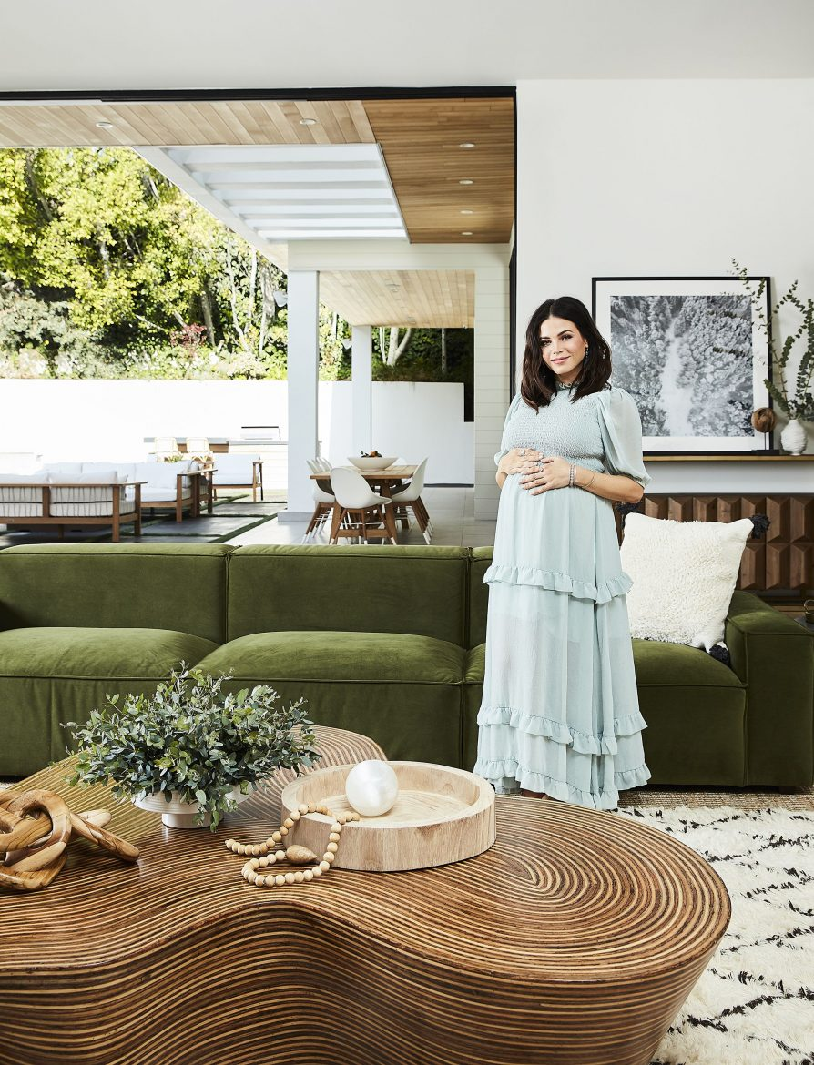 Step Inside Jenna Dewan's Home In LA jenna dewan Step Inside Jenna Dewan's Home In LA step inside jenna dewans home 1 scaled