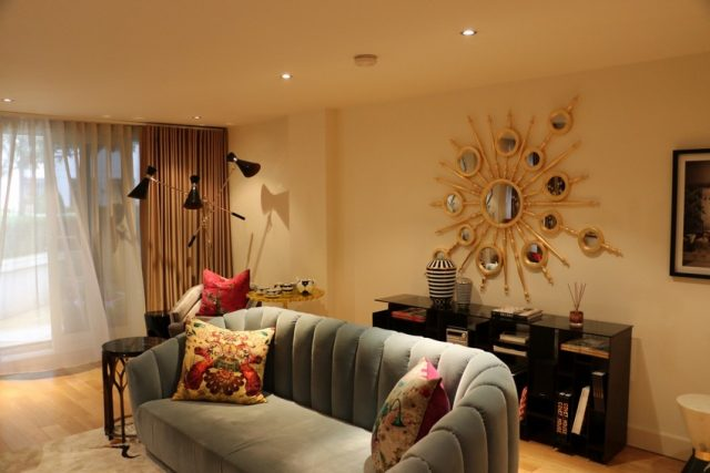 Inside The Luxurious Living Room Of A Private Show Flat In London inside the luxurious living room of a private show flat in london Inside The Luxurious Living Room Of A Private Show Flat In London Covet London 19 640x427 1