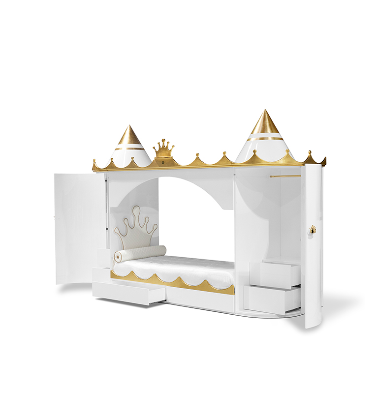 Get The Best Sleep With The Most Luxurious Beds get the best sleep with the most luxurious beds Get The Best Sleep With The Most Luxurious Beds kings and queens castle circu magical furniture gold leaf 4