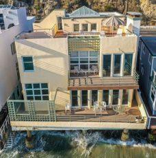 Summer Inspirations with Tyra Banks Beach House summer inspirations with tyra banks beach house Summer Inspirations with Tyra Banks Beach House tyrabanks mal20 228x230
